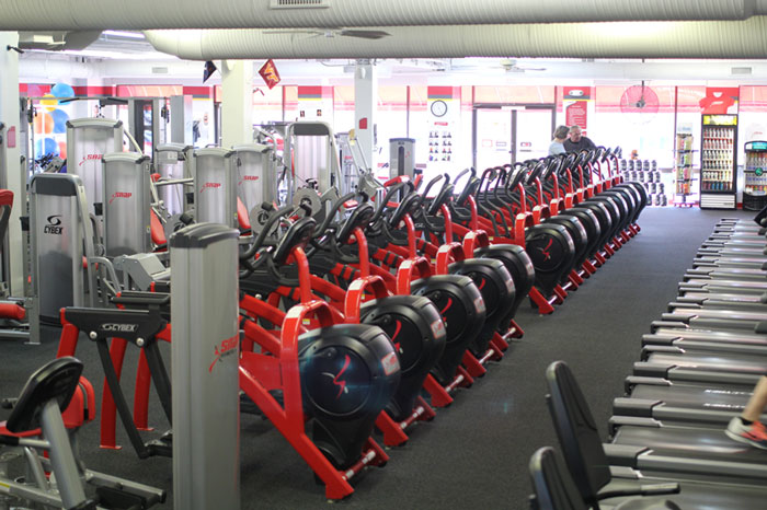 Snap fitness 24 7 seminole square shopping center for Fitness 24 7 mobilia